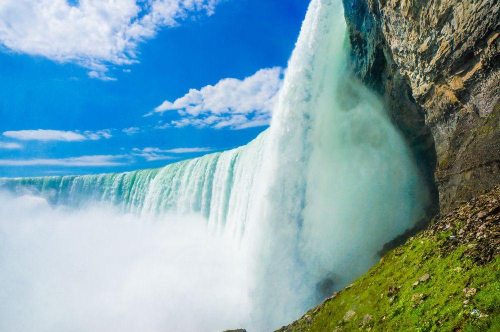 Tranh dán tường 3D thác nước QS015